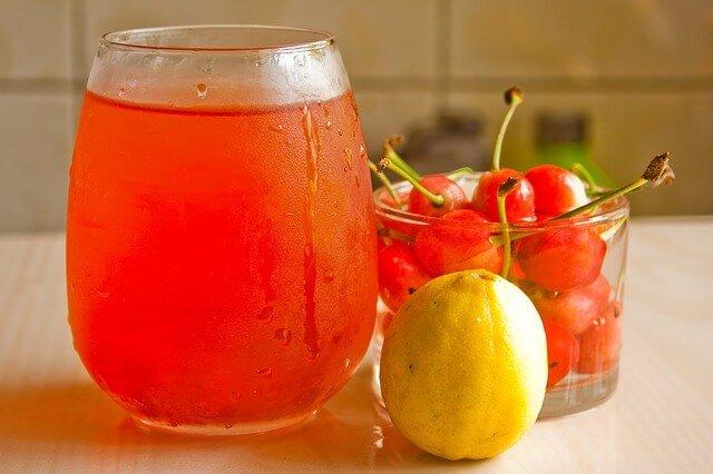 5 Juice Recipes That Ease Rheumatoid Arthritis Pain